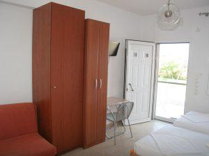 Studio Ground floor - twin beds